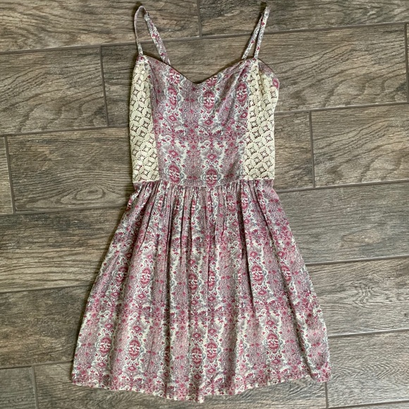Abercrombie & Fitch Dresses & Skirts - Abercrombie & Fitch Pattern Dress